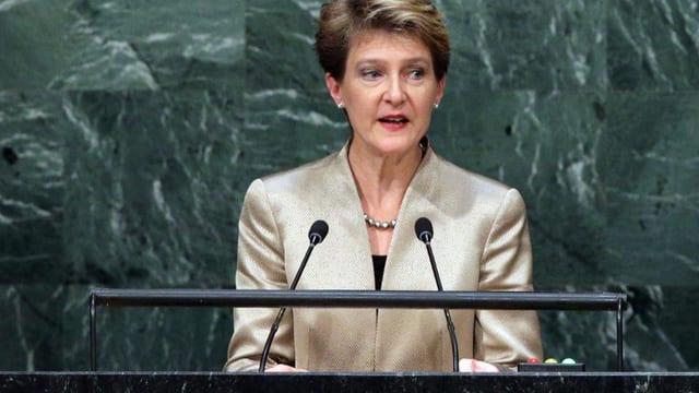 Bundespräsidentin Simonetta Sommaruga am UNO-Rednerpult.