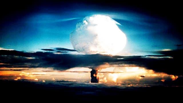 Ein Bombenpilz während eines Tests 1952.