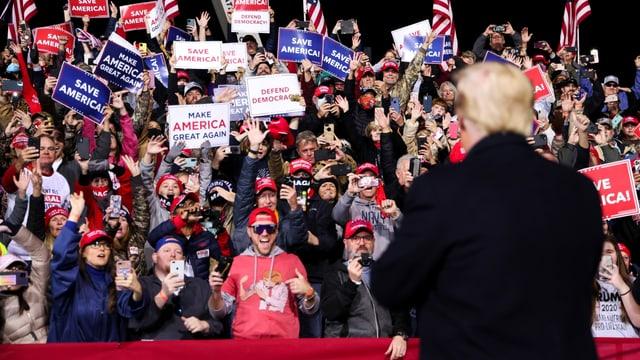 Trump vor seinen Anhängern