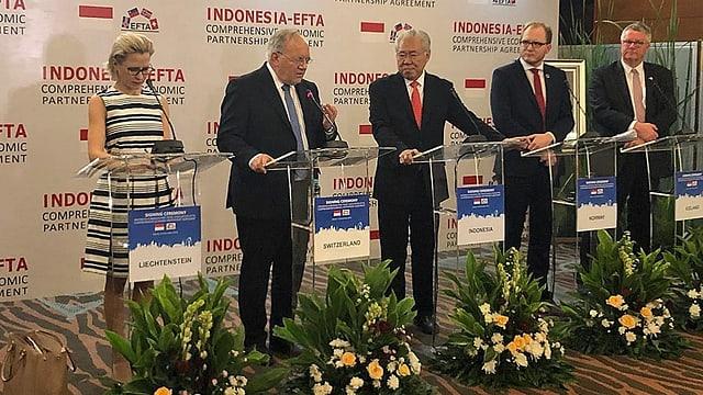 Freihandelsabkommen mit Indonesien besiegelt (Artikel enthält Audio)