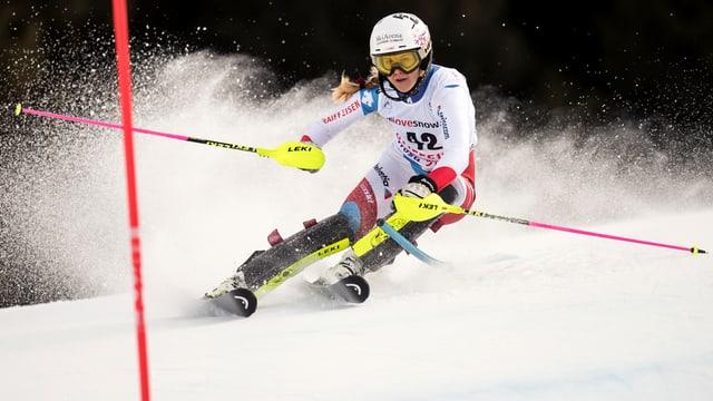 Die Urner Skirennfahrerin Aline Danioth beim Slalom-Weltcup in der Lenzerheide.