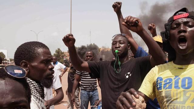Demonstranten in Burkina Faso