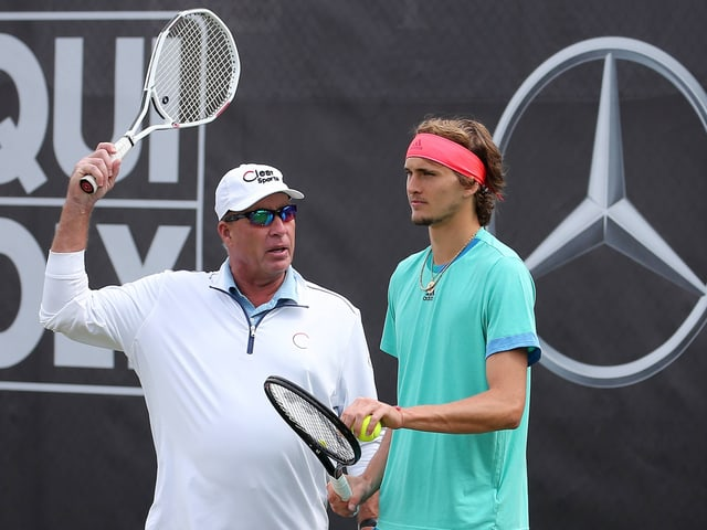 Ivan Lendl instruiert Alexander Zverev.