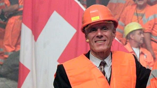 Moritz Leuenberger, als Verkehrsminister beim Tunneldruchstich des Neat-Basistunnels am 15. Oktober