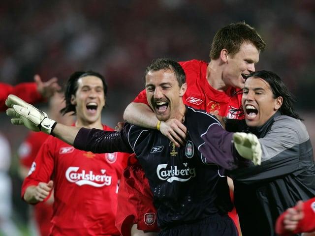 Liverpool-Goalie Jerzy Dudek jubelt.