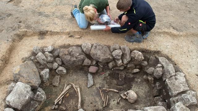 Archäologen an der Arbeit