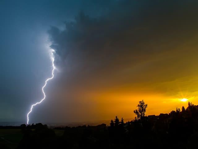 Wunderschöner Blitz.