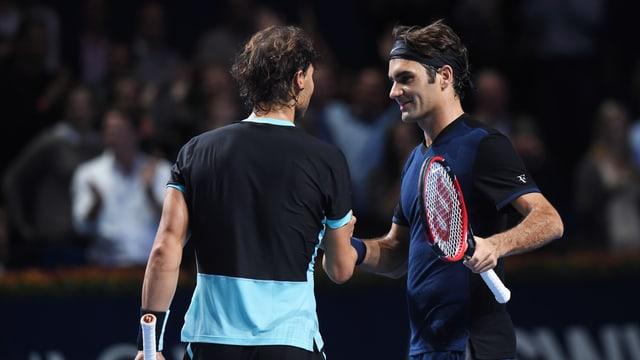 Nadal gratuliert Federer zum Sieg