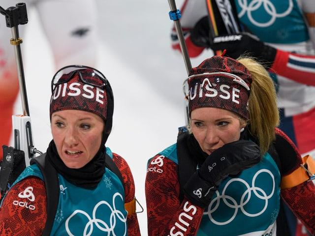 Elisa Gasparin (r.) läuft im Mixed anstelle ihrer Schwester Selina.