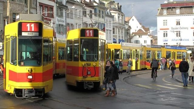 Trams am Barfüsserplatz