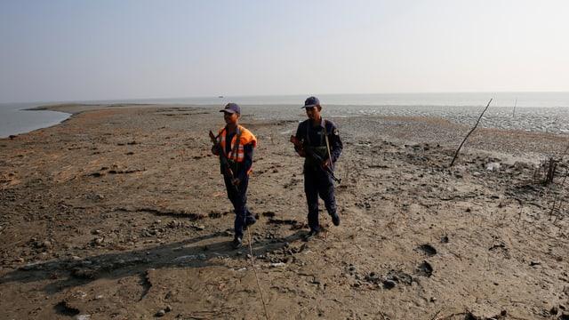 Insel Bashan Char, Soldaten patroullieren