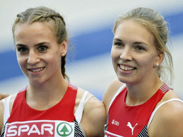 Annik Kälin und Géraldine Ruckstuhl.
