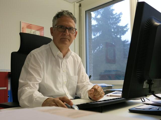 Peter Sommer.