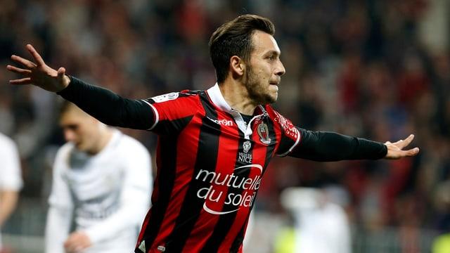 Anastasios Donis verlässt Nizza und spielt kommende Saison für den VfB Stuttgart.