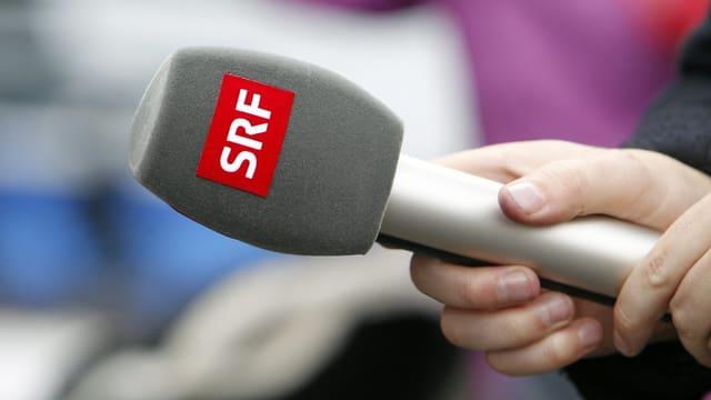 Microfon da SRF per intervista.