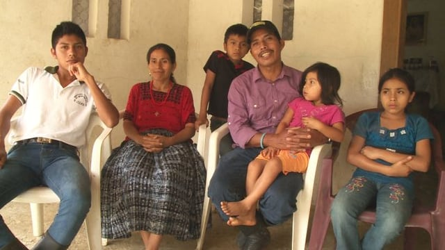 Video «Das Land, auf dem sie leben, gehört jetzt ihnen» abspielen