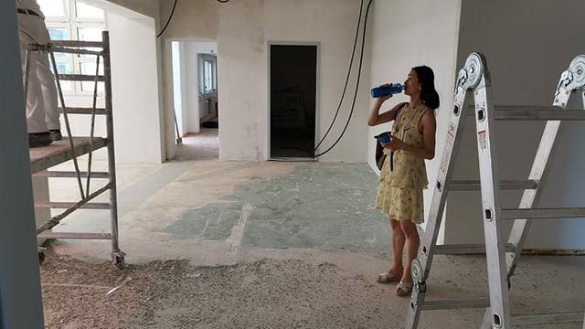 Yen Han auf der Baustelle ihres neuen Studios