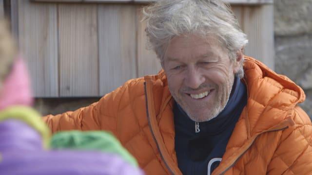 Bernhard Russi vor seiner Hütte «Wilde Matten» oberhalb von Andermatt.
