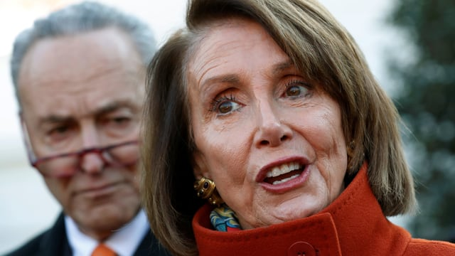 Die demokratischen Fraktionsführern im Kongress, Chuck Schumer (links) und Nancy Pelosi.