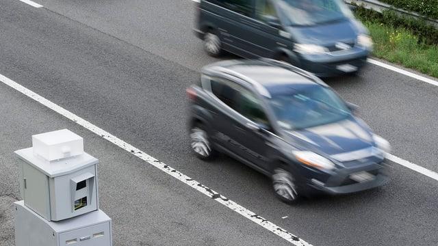 Radaranlage an Autobahn
