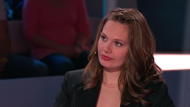 Video «Melanie Schneiter, die Bernerin arbeitet als Naildesignerin und ist zweifache Mutter.» abspielen