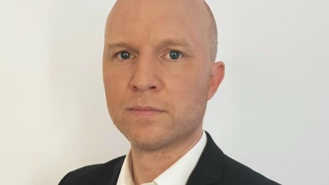 Porträtaufnahme von Roschinski