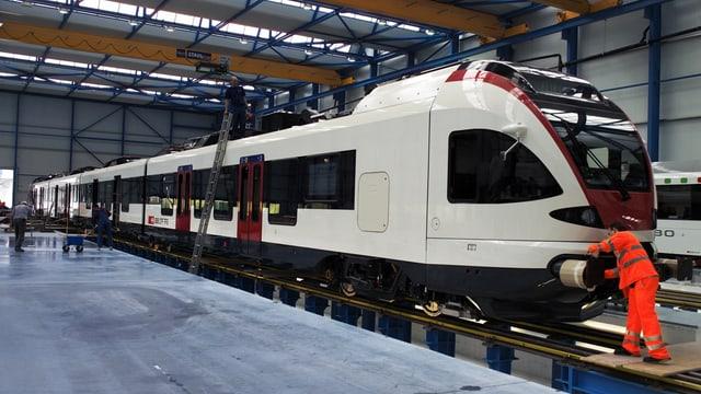 Für die Ausrüstung der «Flirt-Züge» von Stadler Rail erhält die ABB einen Auftrag in Höhe von 60 Millionen Franken.