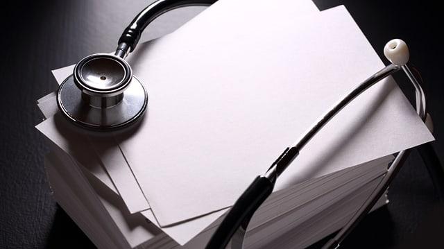 Wer auf der schwarzen Liste steht, erhält nur noch im Notfall ärztliche Behandlung.