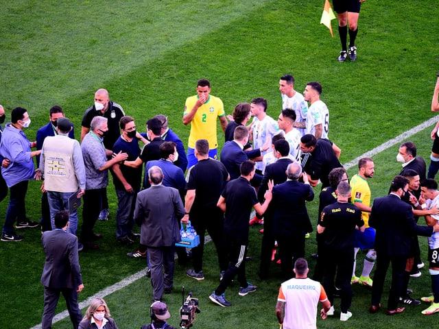 Der Corona-Eklat bei Brasilien gegen Argentinien.