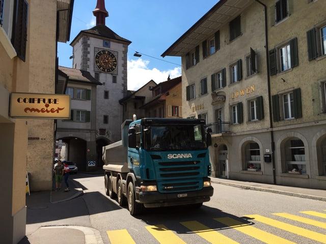 Lastwagen in Altstadt.