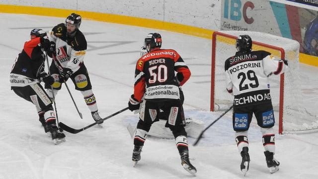 giugaders da hockey sin glatsch, scena avant il gol
