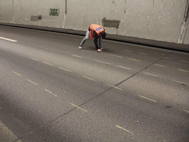 6 Spuren im Gubristtunnel
