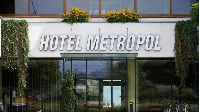 Eingang Hotel Metropol