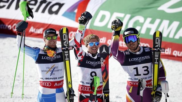 Ils trais skiunzs ch'han gudagnà aur, argient e bronz.