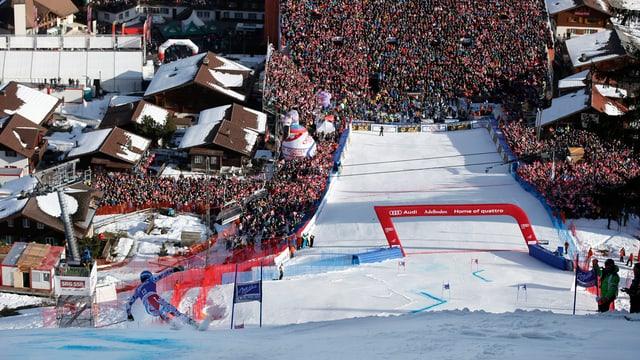Blick ins Zielgelände des Ski-Weltcups in Adelboden.