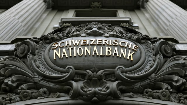 Suenter la perdita da record, vai puspè ensi in zichel cun las finanzas da la Banca naziunala svizra.