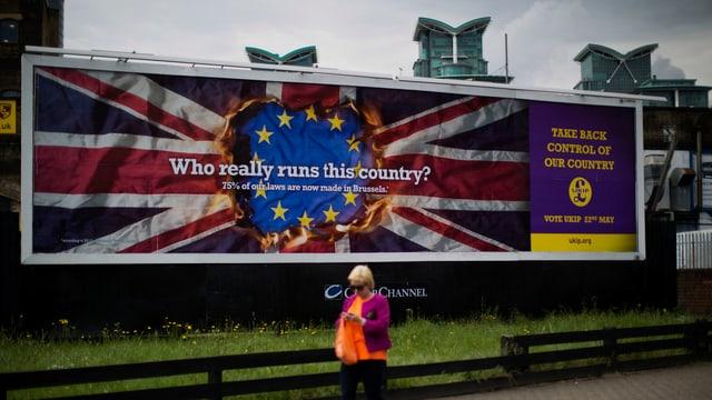 EU-Gegner werben mit dem Wahlspruch «Wer regiert das Land wirklich?»