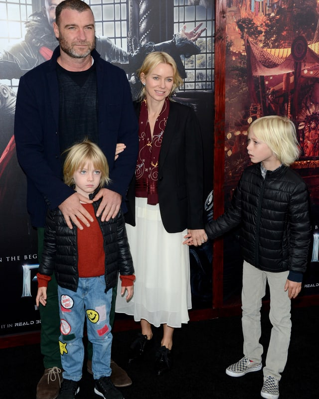 Liev Schreiber und Naomi Watts mit ihren beiden Söhnen Samuel und Alexander.