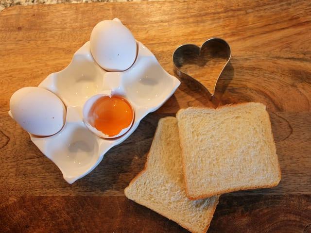 Toastbrot und Eier.