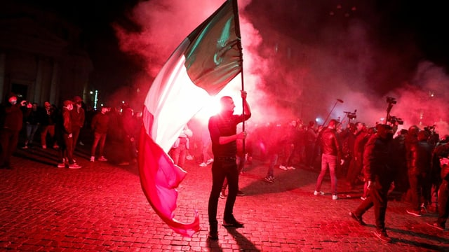 Italien: «Rechtsextreme gesellen sich zu den Demonstranten»