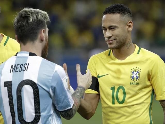 Messi und Neymar beim Handshake