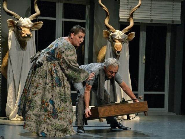 Die Schweizer Clowns Bichsel Gargiulo überzeugten am ersten Abend des Theater Spektakels.