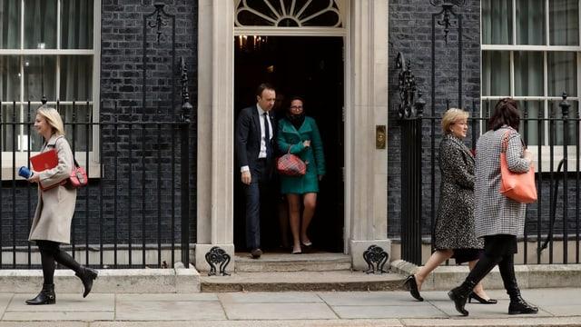 Entrada da la Downing Street 10.
