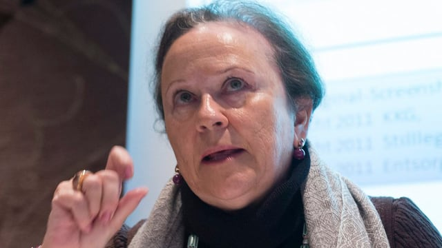 Porträt Monika Roth.