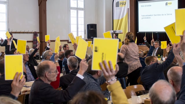 Ils delegads da la PBD ha decidì quasi unanimamain las parolas.