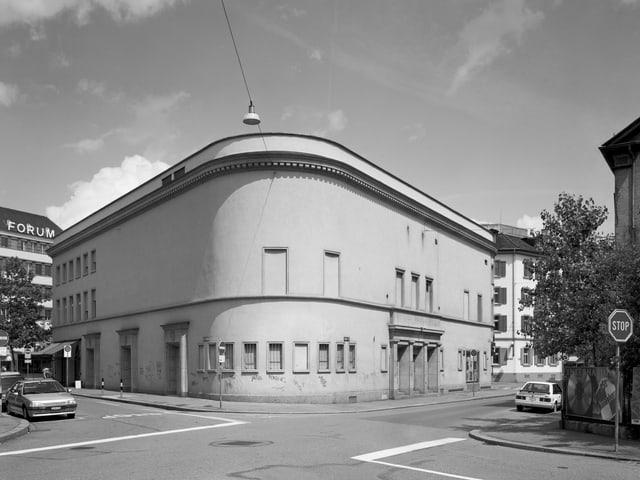 Gebäude des Plaza in Zürich, Ansicht der gerundeten Ecke auf der Rückseite