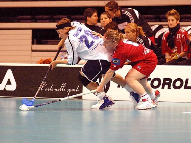 Die Schweizerinnen fighten um jeden Millimeter.