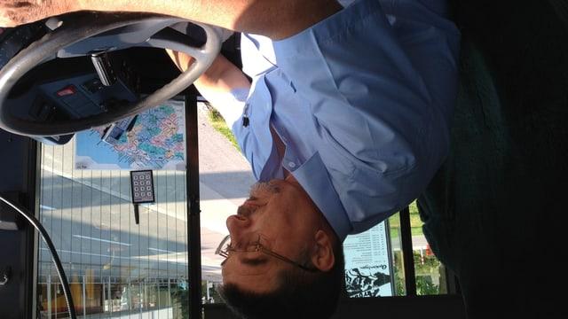 Gemeindeammann Kurt Helg befördert in jeder freien Minute als Chauffeur Bus-Passagiere durch den Oberthurgau.