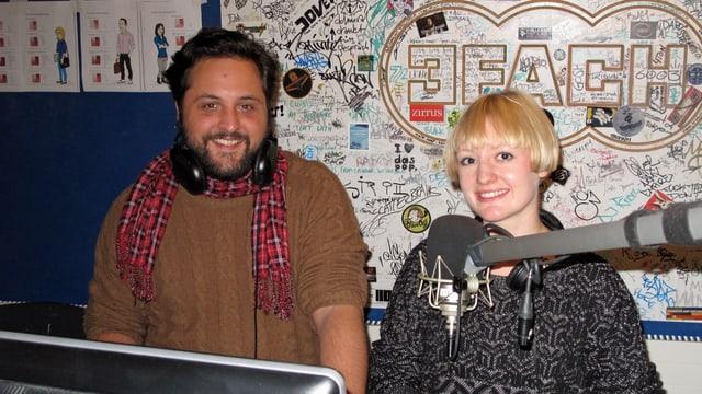 Programmleiter Dani Glur und Angela Meier vom Marketing im Studio von Radio 3fach