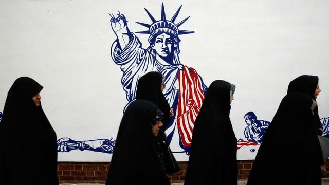 Graffiti an Wand in Teheran